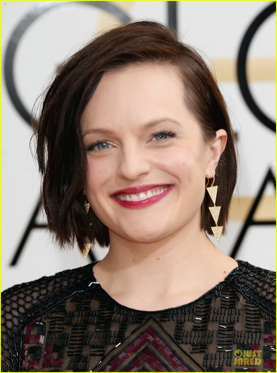 elisabeth moss golden globes 2014 red carpet 063029154