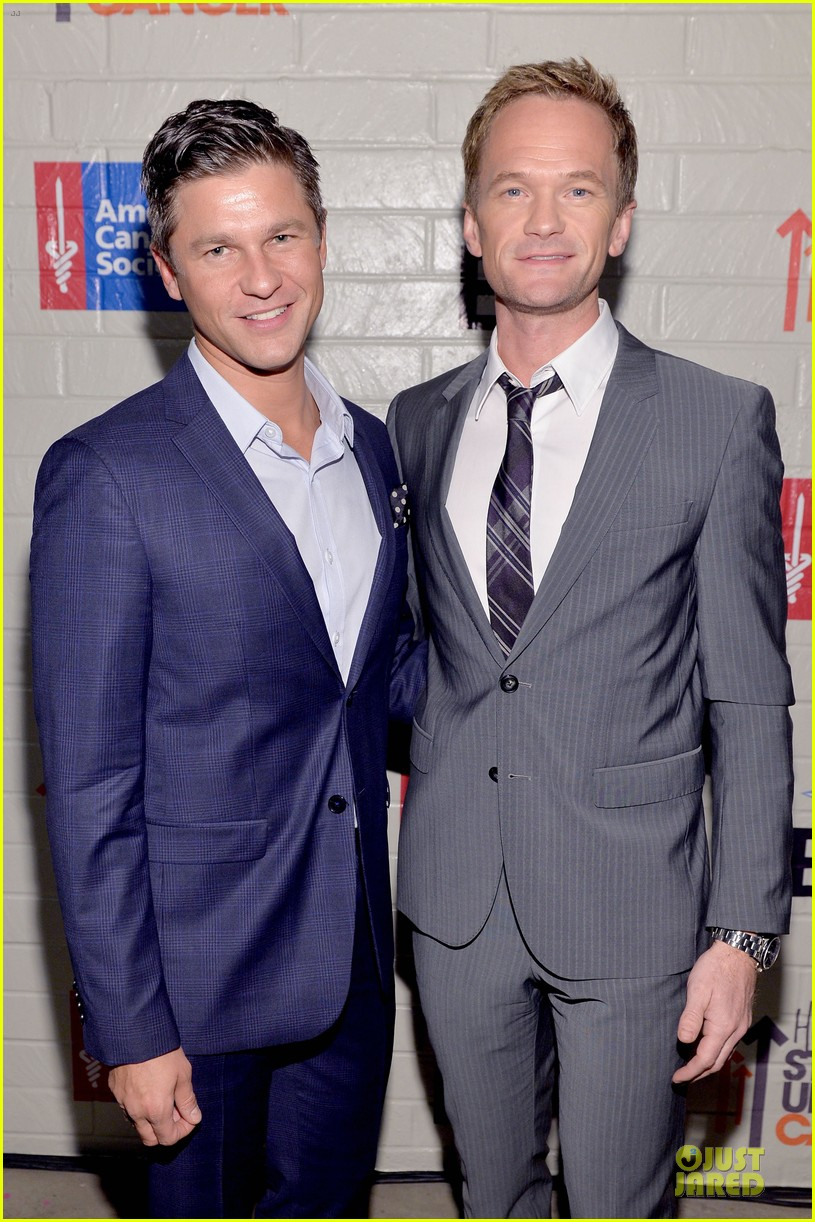 neil patrick harris justin bartha hollywood stand up to cancer event 02