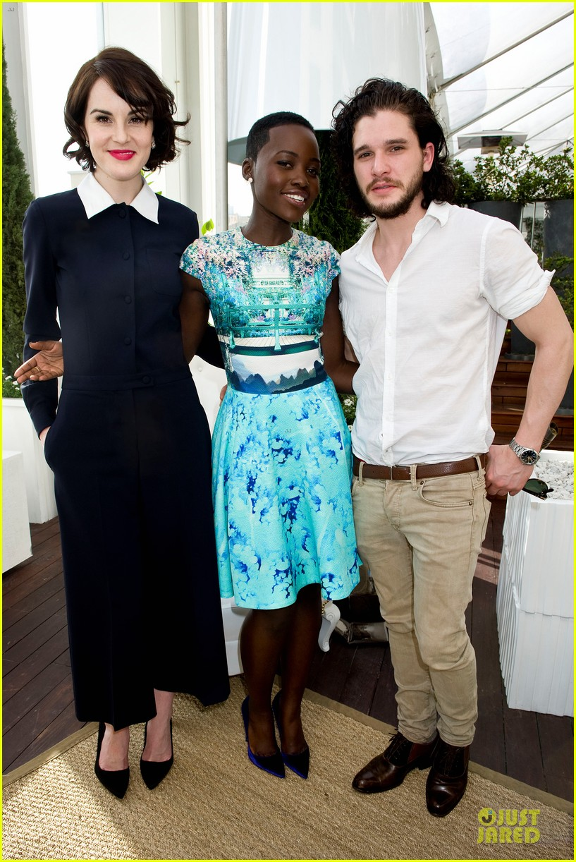 lupita nyongo dujour cover party with michelle dockery 01