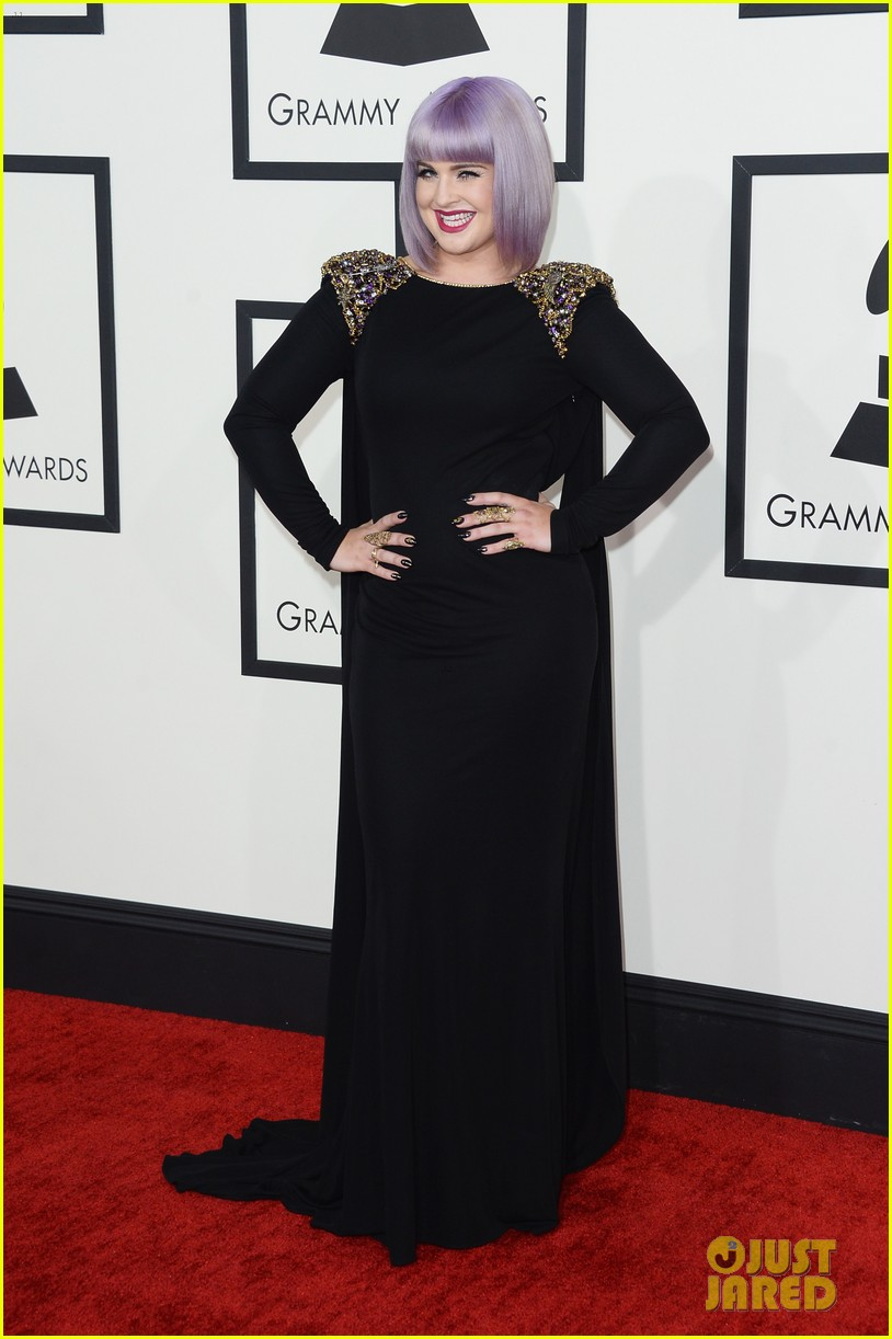 kelly osbourne grammys 2014 red carpet 05