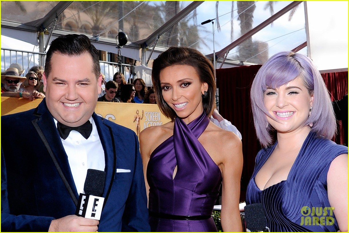 kelly osbourne giuliana rancic sag awards 2014 red carpet 11