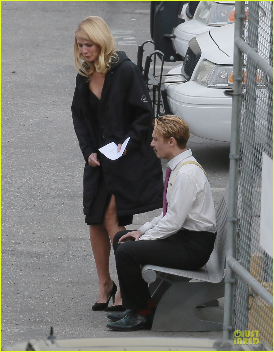gwyneth paltrow mortdecai scenes with johnny depp 093024804