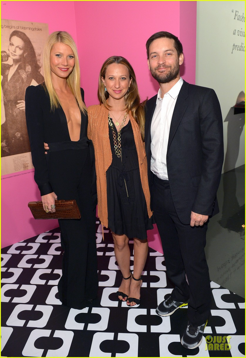 gwyneth paltrow rooney mara journey of a dress exhibition opening 03