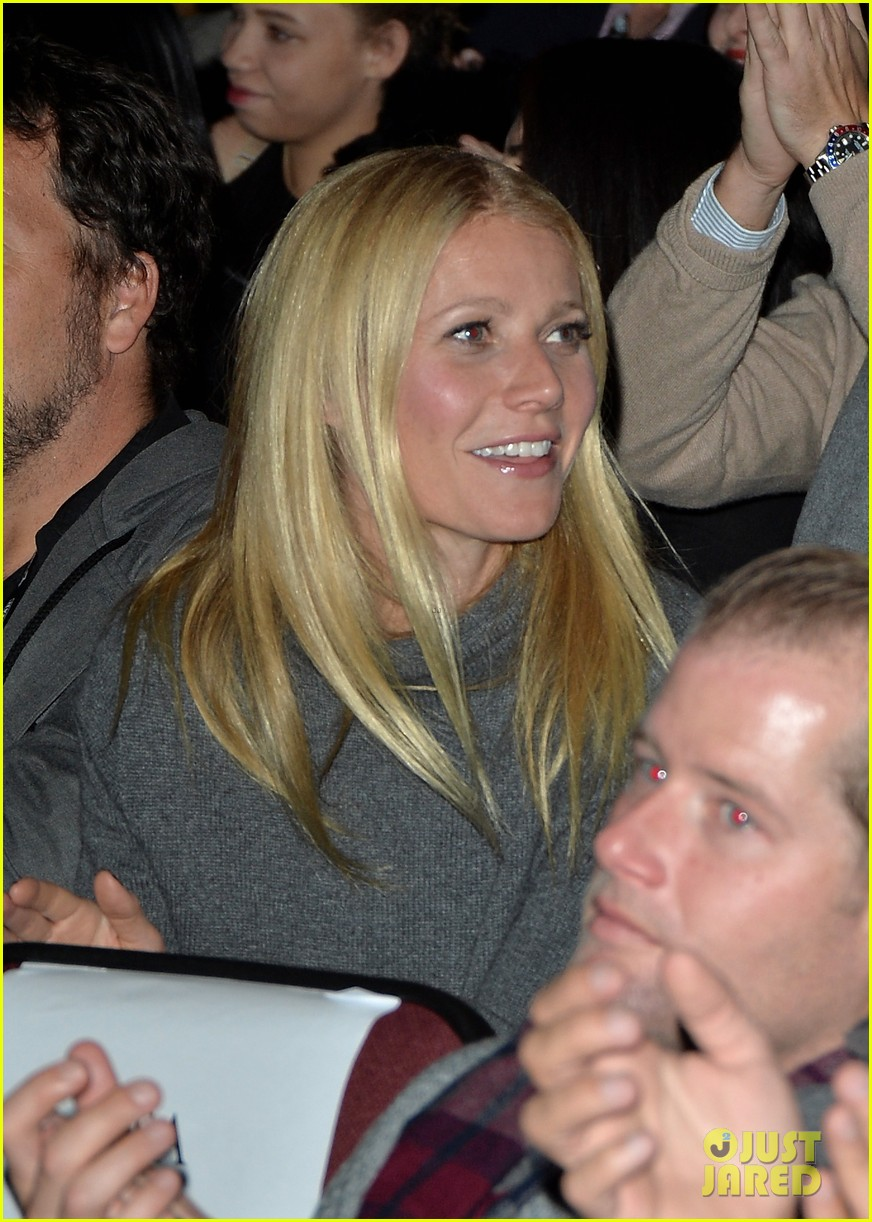 gwyneth paltrow supports brother jake at sundance premiere 05