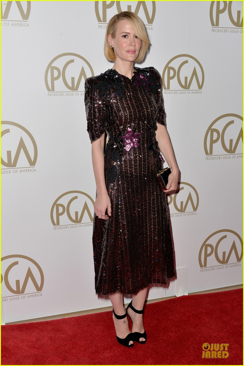 sarah paulson gillian anderson producers guild awards 2014 173035946
