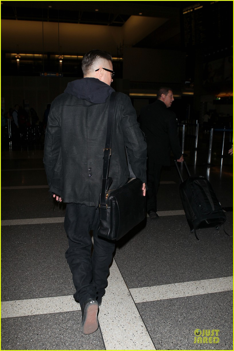 brad pitt lax departure after producers guild awards 093036200