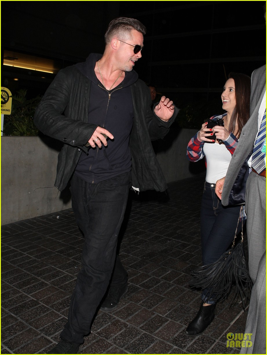 brad pitt lax arrival after angelina jolie difret news 213034057