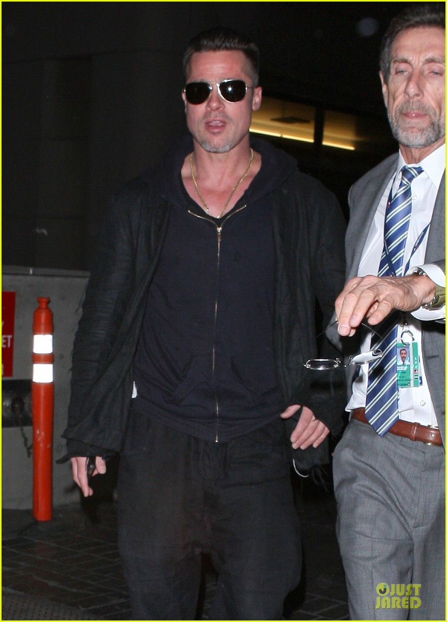 brad pitt lax arrival after angelina jolie difret news 24