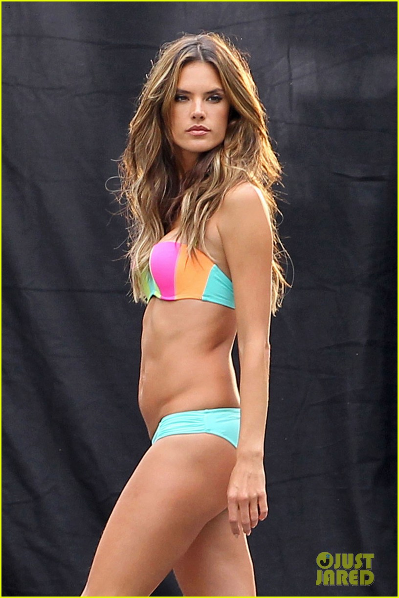 behati prinsloo alessandra ambrosios bikini bodies will make you head to the gym right now 043044529
