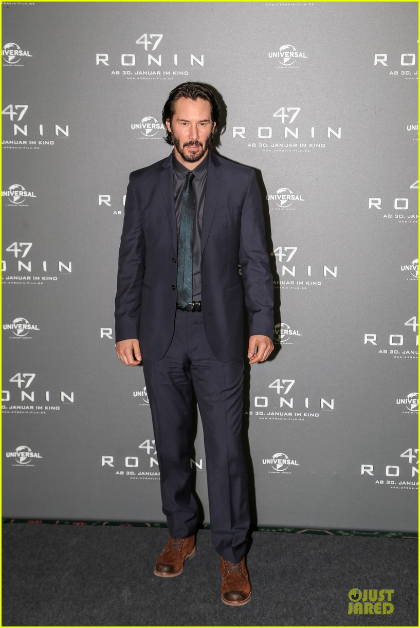 keanu reeves 47 ronin munich photo call 01