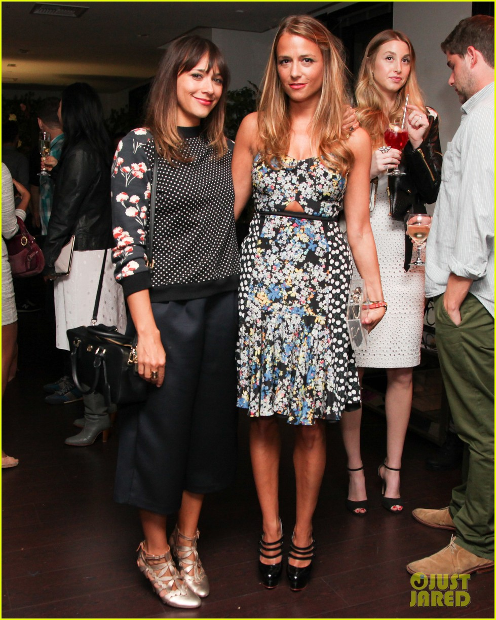 nicole richie rashida jones charlotte ronsons vogue eyewear launch party 03