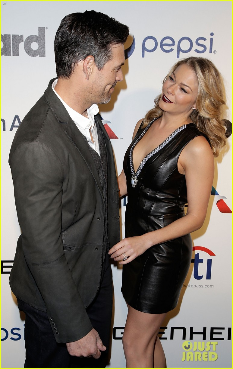 leann rimes billboards power 100 event with eddie cibrian 25