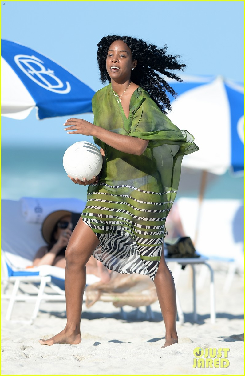 kelly rowland miami beach bikini babe 02