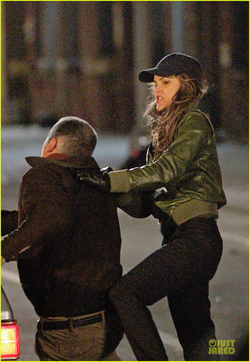 Fight Scenes Are Like Learning A Dance You Learn It Move: Keri Russell: 'The Americans' Fight Scenes!: Photo 3027389