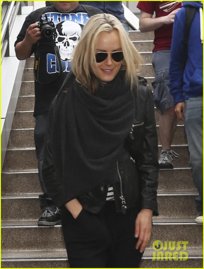 taylor schilling arrives in los angeles for golden globes week 02