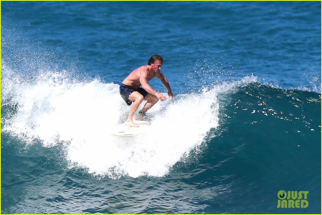 Sean Penn surfing
