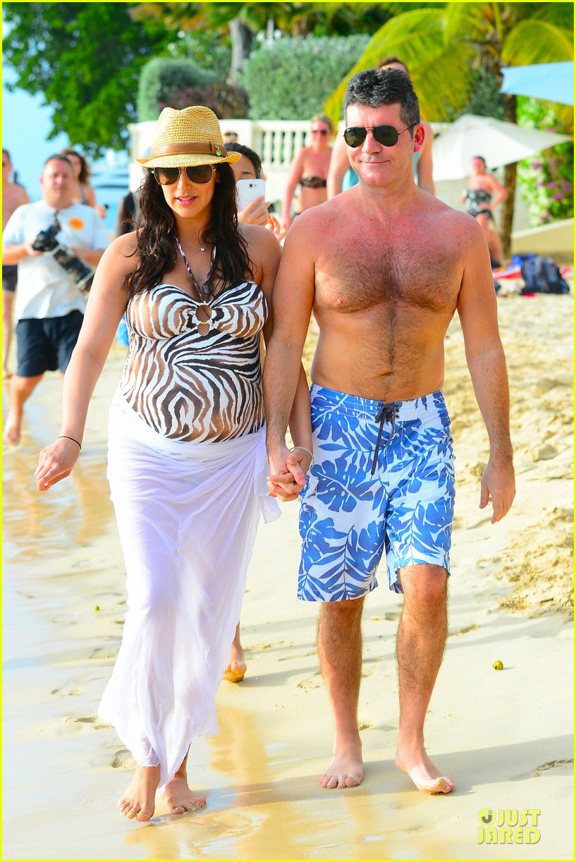 simon cowell lauren silverman hold hands on new year eve 23