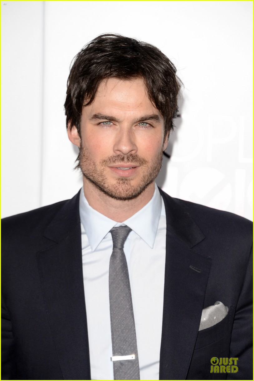 ian somerhalder peoples choice awards 2014 red carpet 04