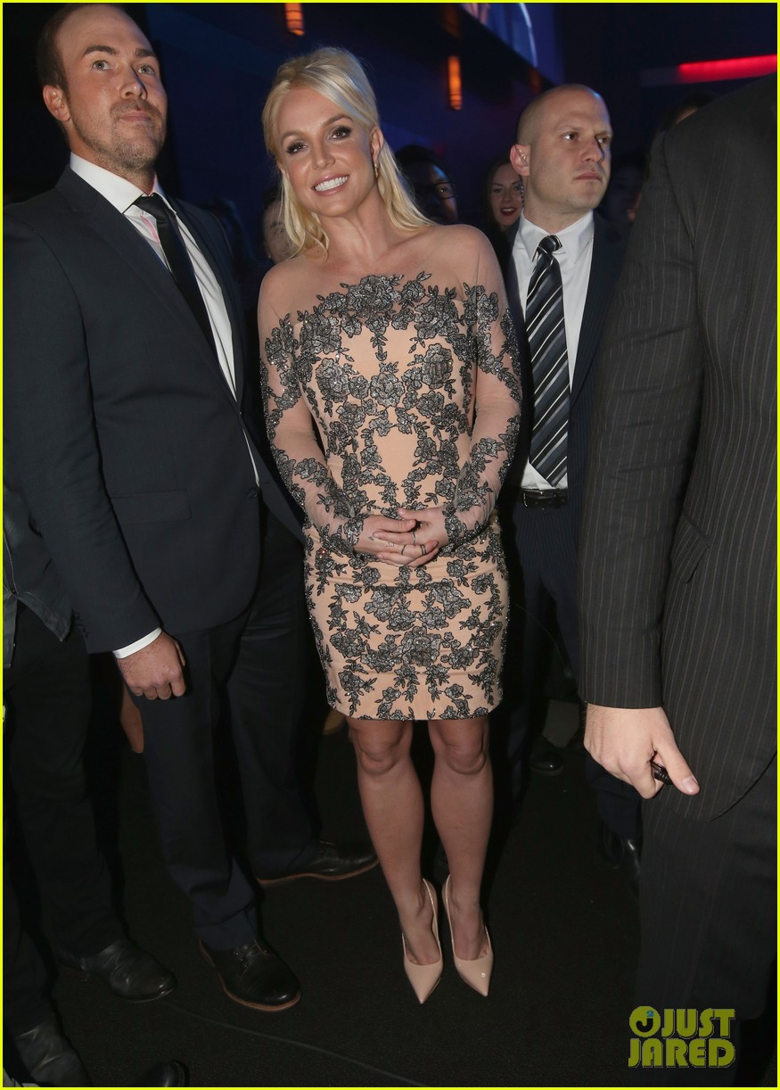 britney spears peoples choice awards 2014 with david lucado 06