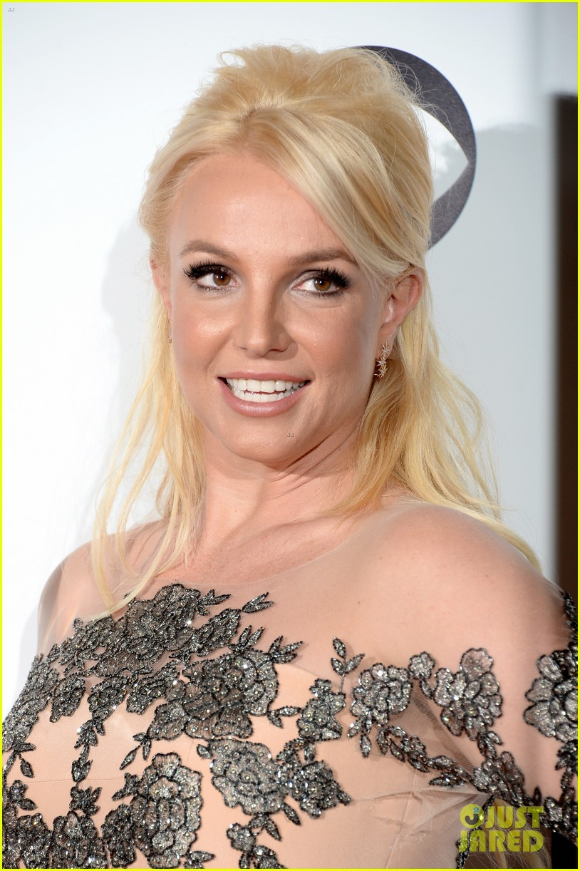 britney spears peoples choice awards 2014 with david lucado 07