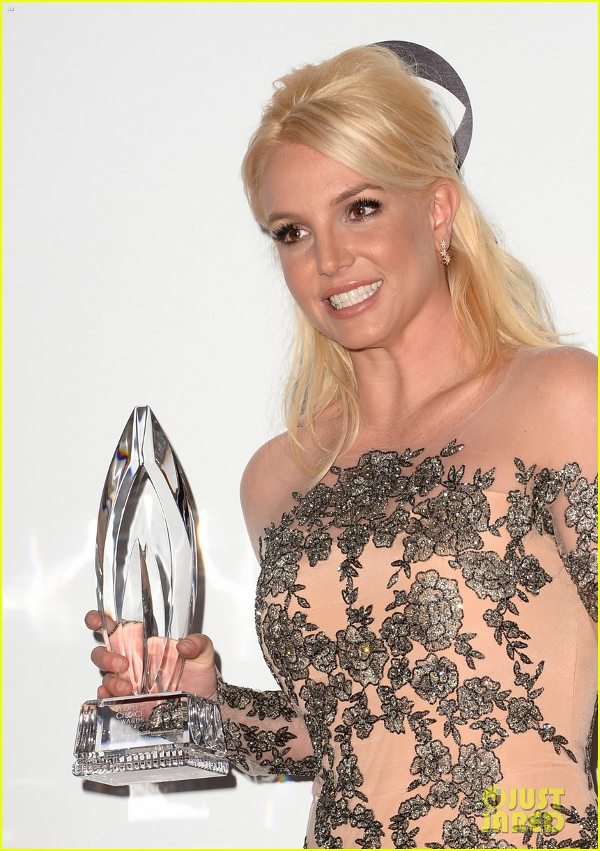 britney spears peoples choice awards 2014 with david lucado 13