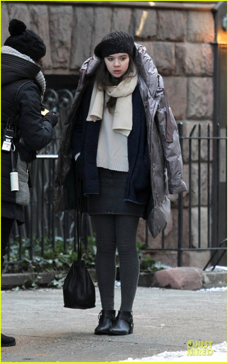hailee steinfeld emily mortimer battle the cold for thousand saints 01