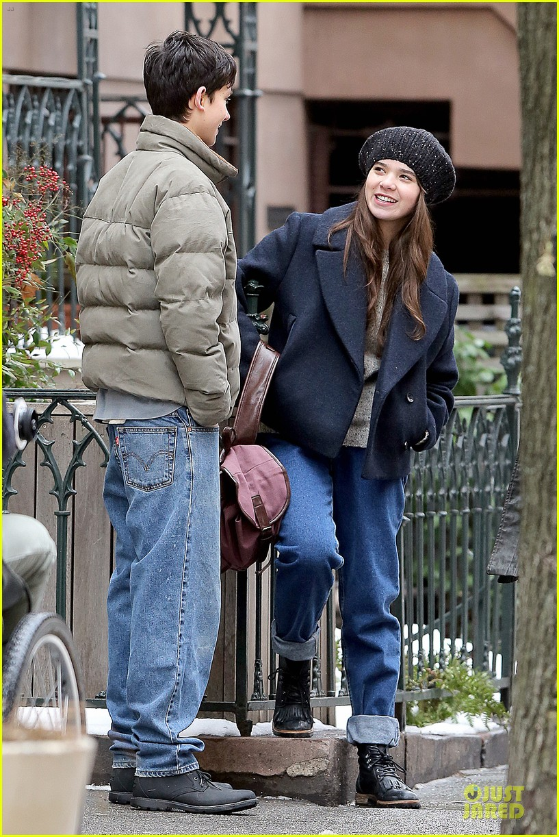 hailee steinfeld emile hirsch ten thousand saints set 183042420