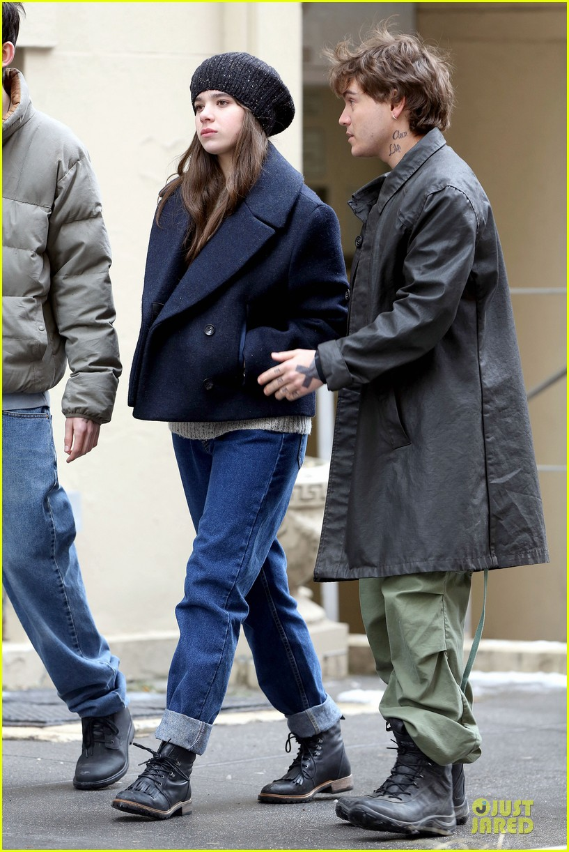hailee steinfeld emile hirsch ten thousand saints set 23