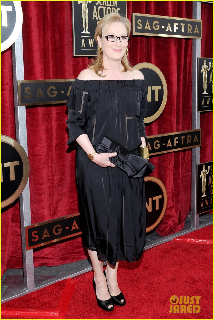meryl streep sag awards 2014 red carpet 05