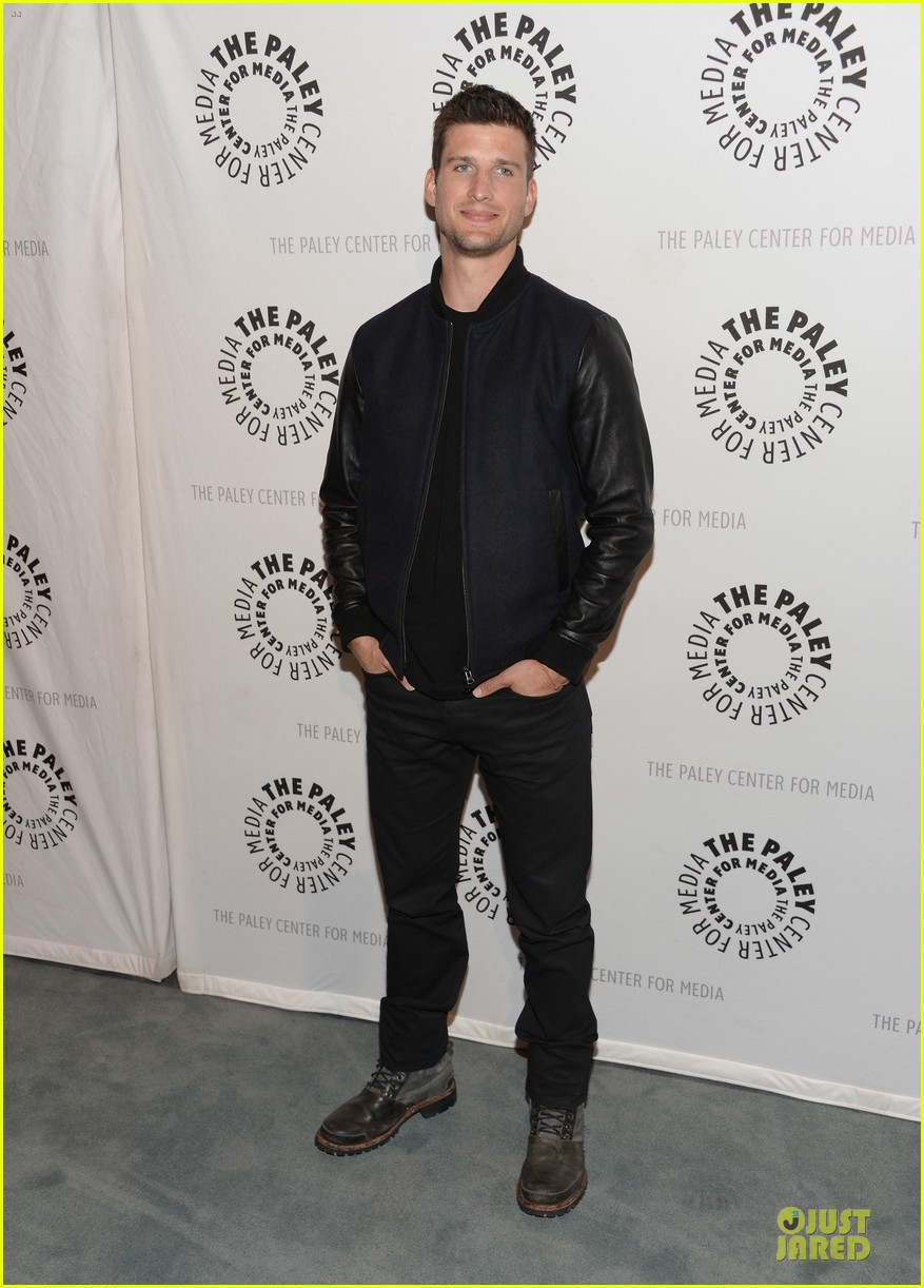 geoff stults chris lowell enlisted la premiere 10
