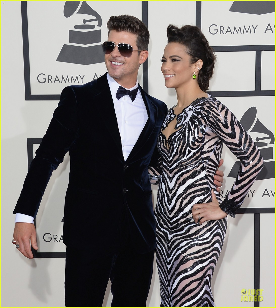 robin thicke paula patton grammys 2014 red carpet 023041125