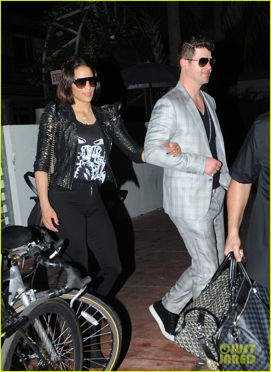 robin thicke paula patton from miami to lax 05