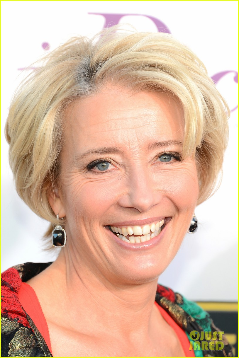 emma thompson critics choice awards 2014 red carpet 02