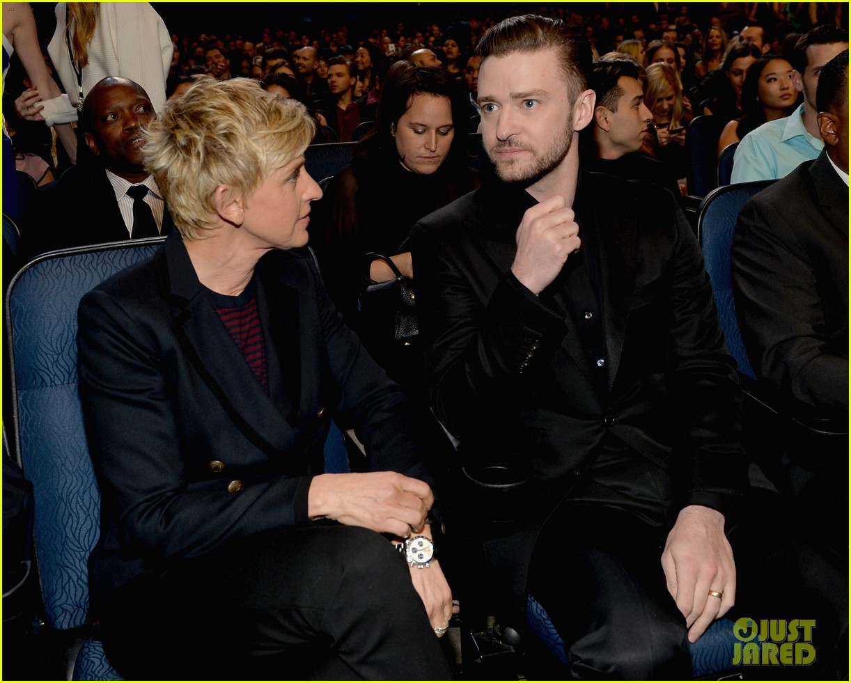 justin timberlakes peoples choice award almost stolen by ellen degeneres 013025613
