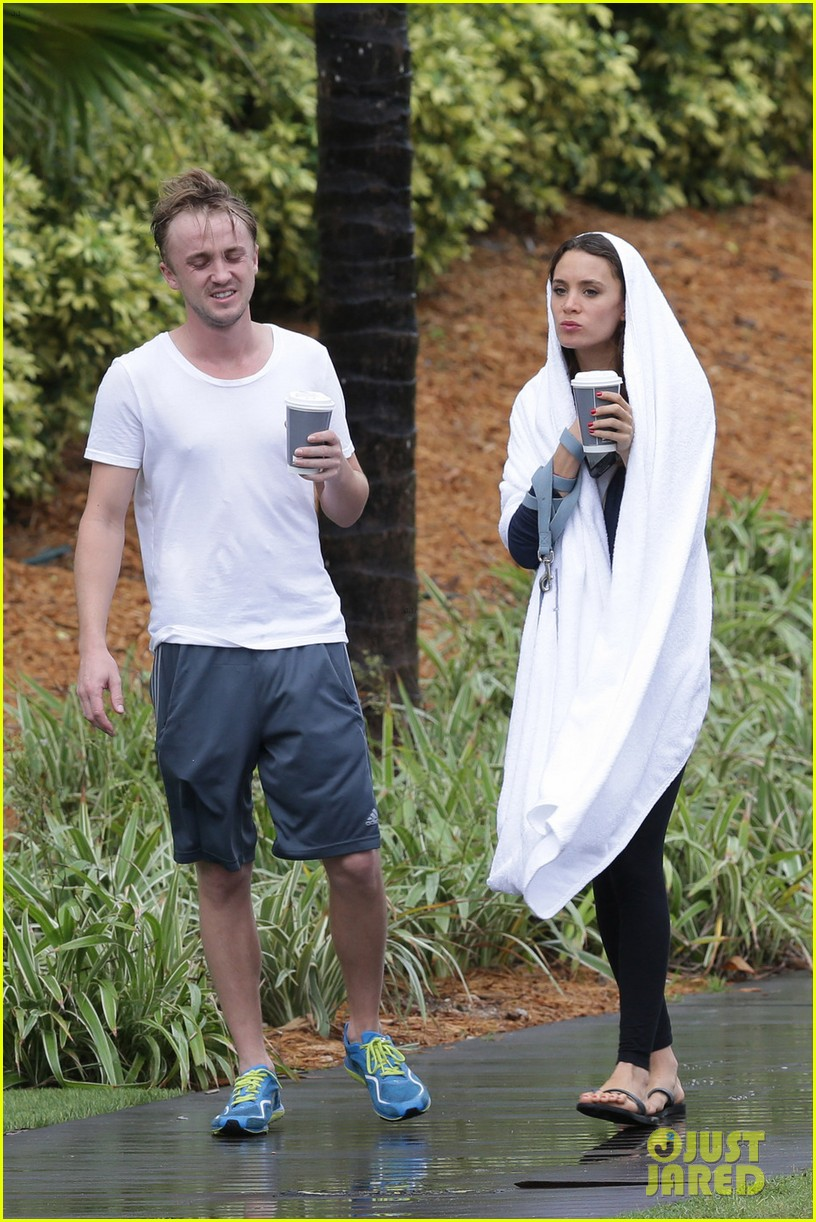 tom felton jade olivia rainy day dog walk 11
