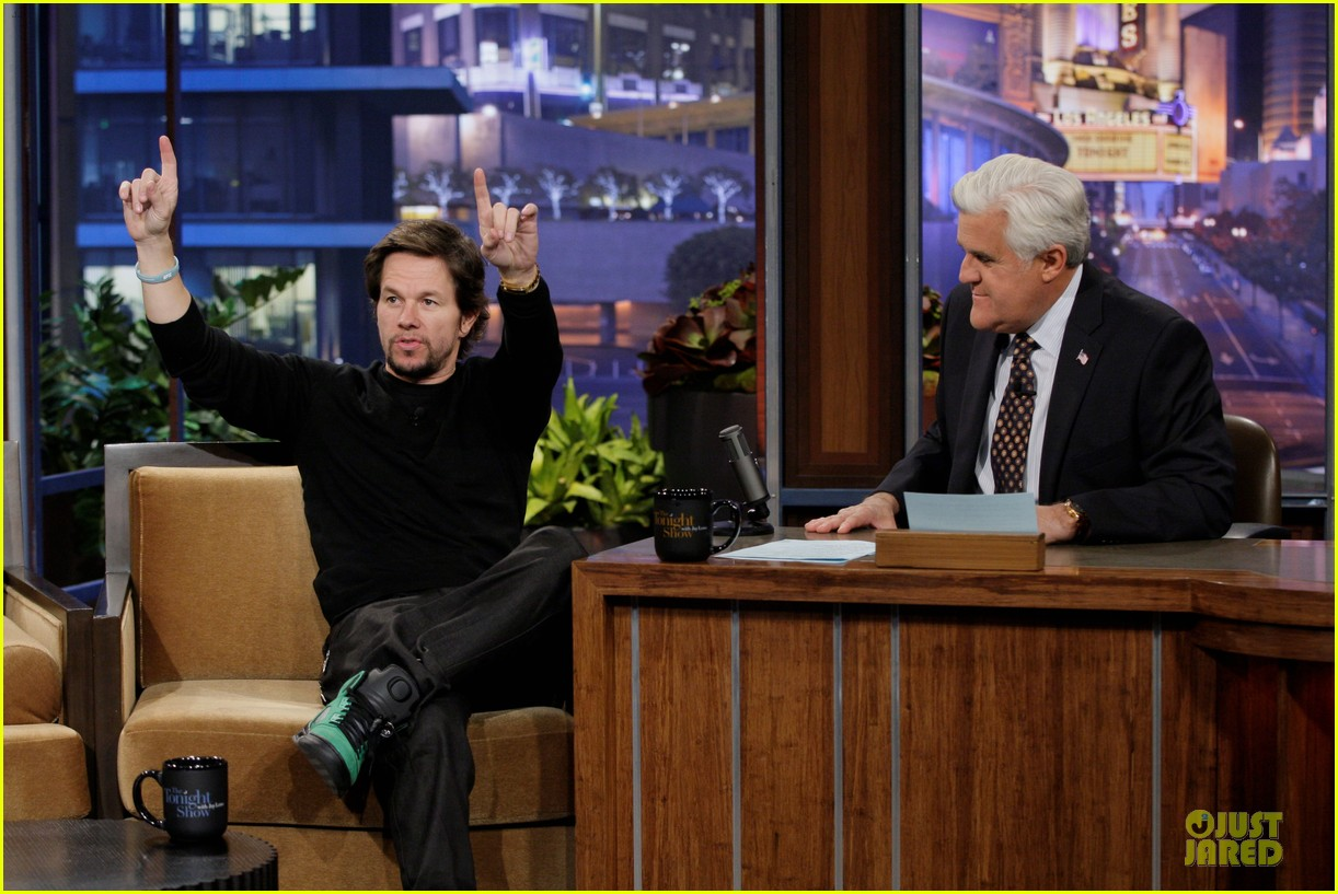 mark wahlberg promotes lone survivor on leno extra 05