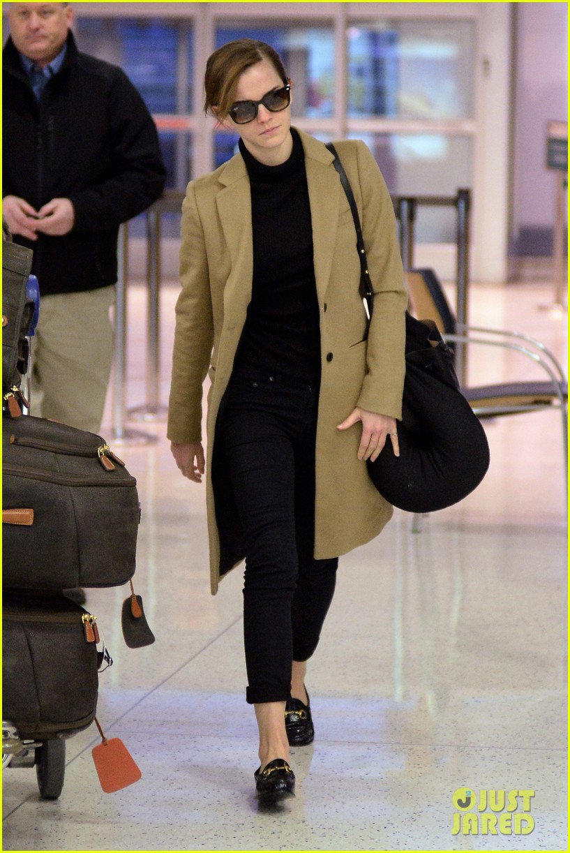 emma watson leaves new york city after quick trip 13