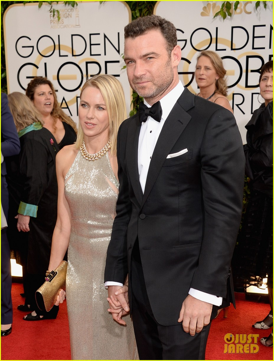 naomi watts liev schreiber golden globes 2014 red carpet 053029160