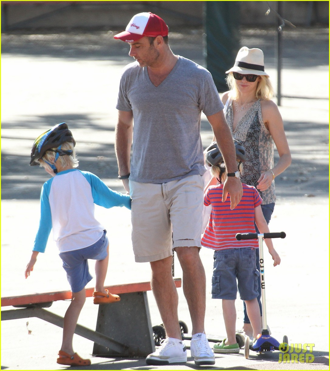 naomi watts liev schreiber run after the kids at the park 14