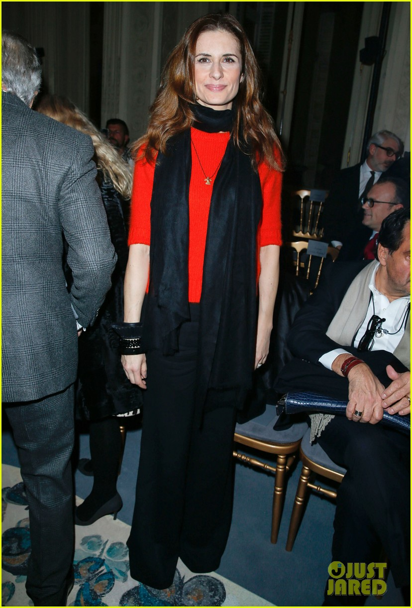 florence welch valentino fashion show in paris 08
