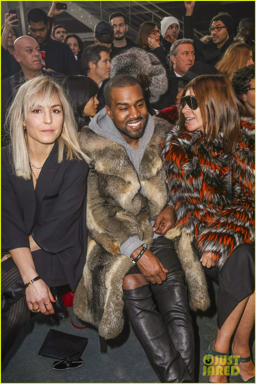 kanye west noomi rapace givenchy fashion show 02