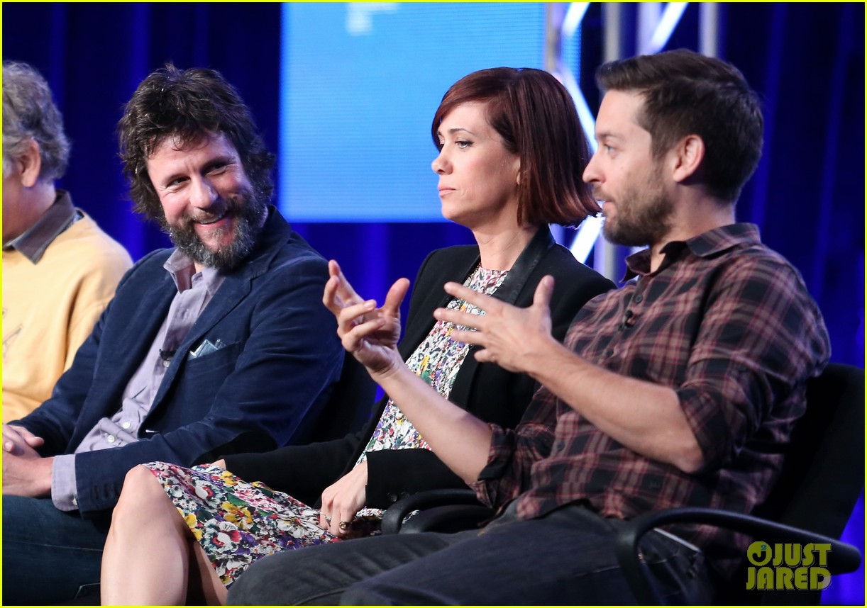 kristen wiig tobey maguire spoils of babylon tca panel 05