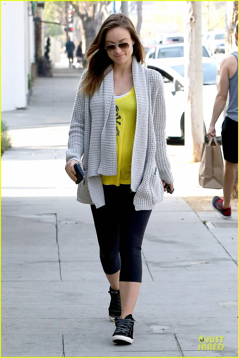 olivia wilde im very happy to see rain in la 16