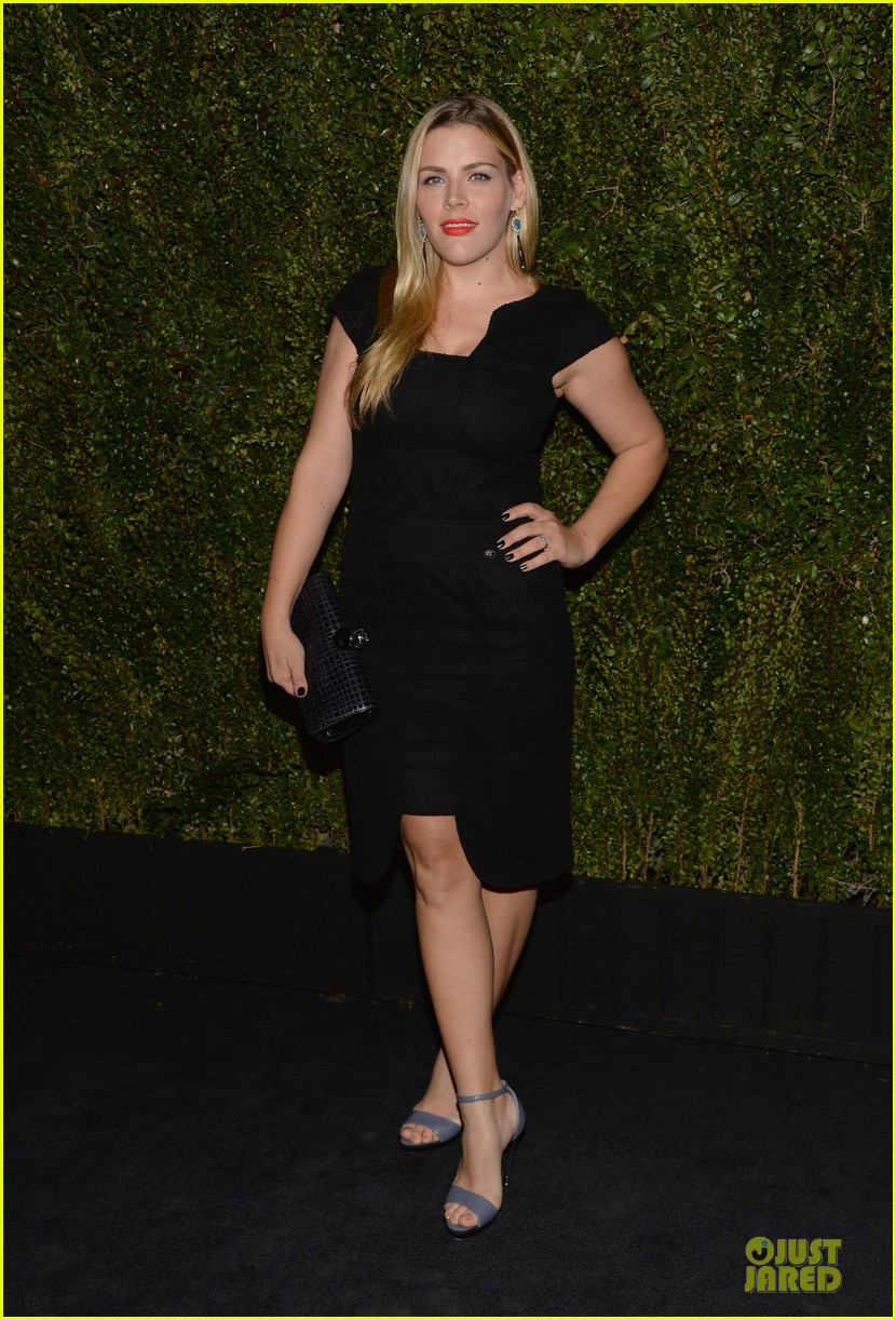 reese witherspoon busy philipps drew barrymore book celebratiion 16