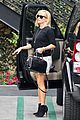 reese witherspoon pampering session after morning workout 03