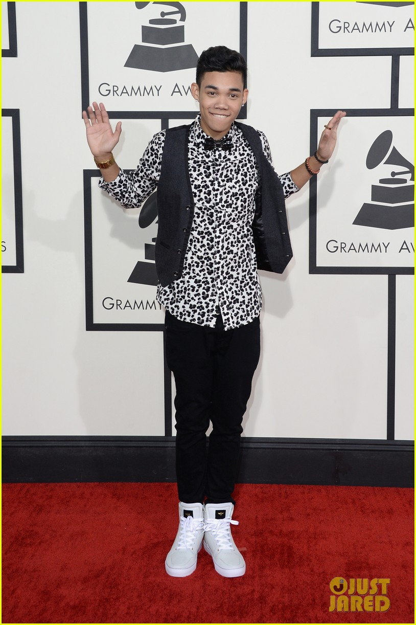 zendaya roshon fegan grammys 2014 red carpet 013041495