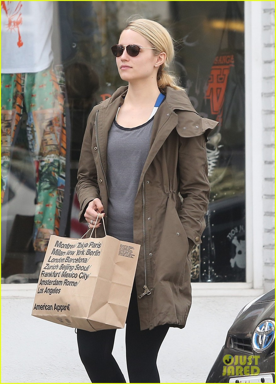 dianna agron gets her shop on at american apparel 02