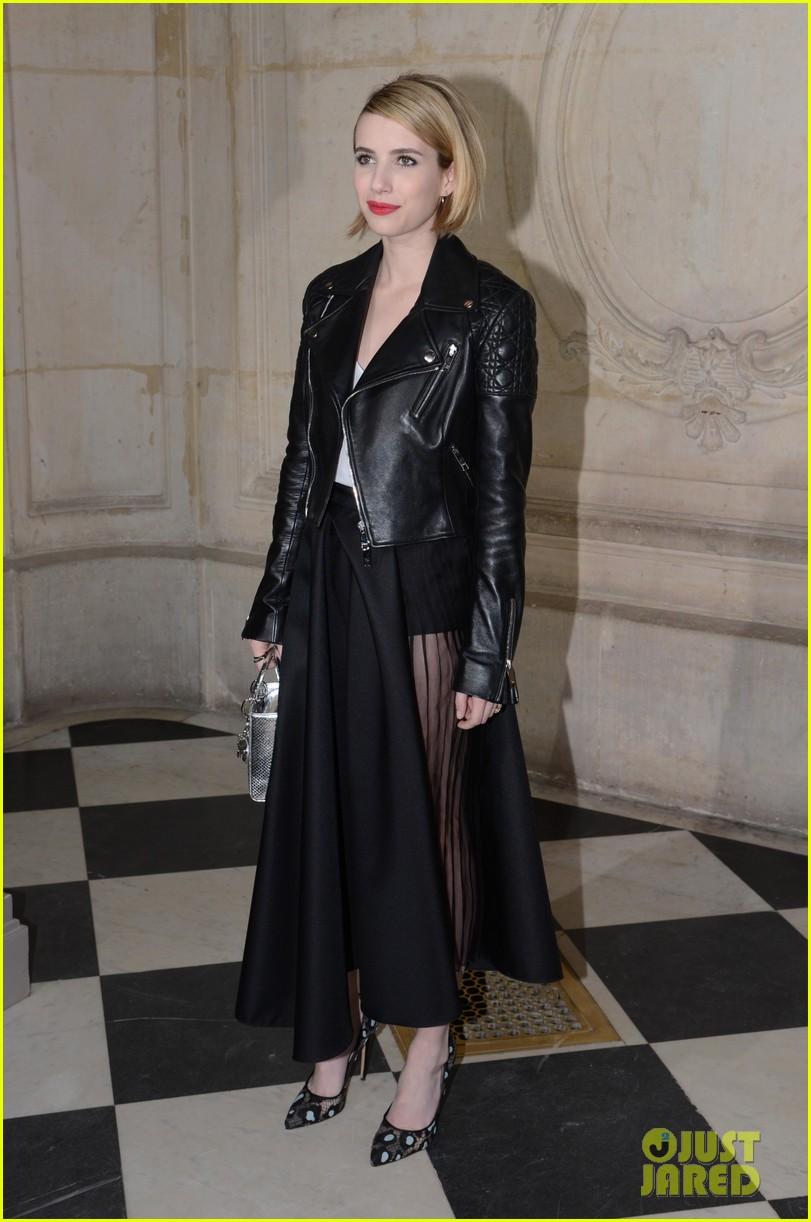 jessica alba emma roberts christian dior fashion show 01