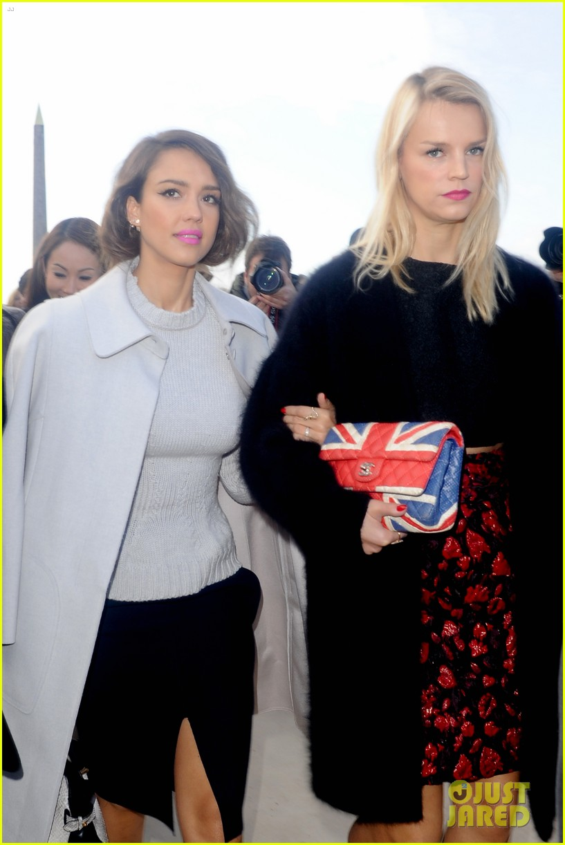 jessica alba attends nina ricci show with bff kelly sawyer 103061741