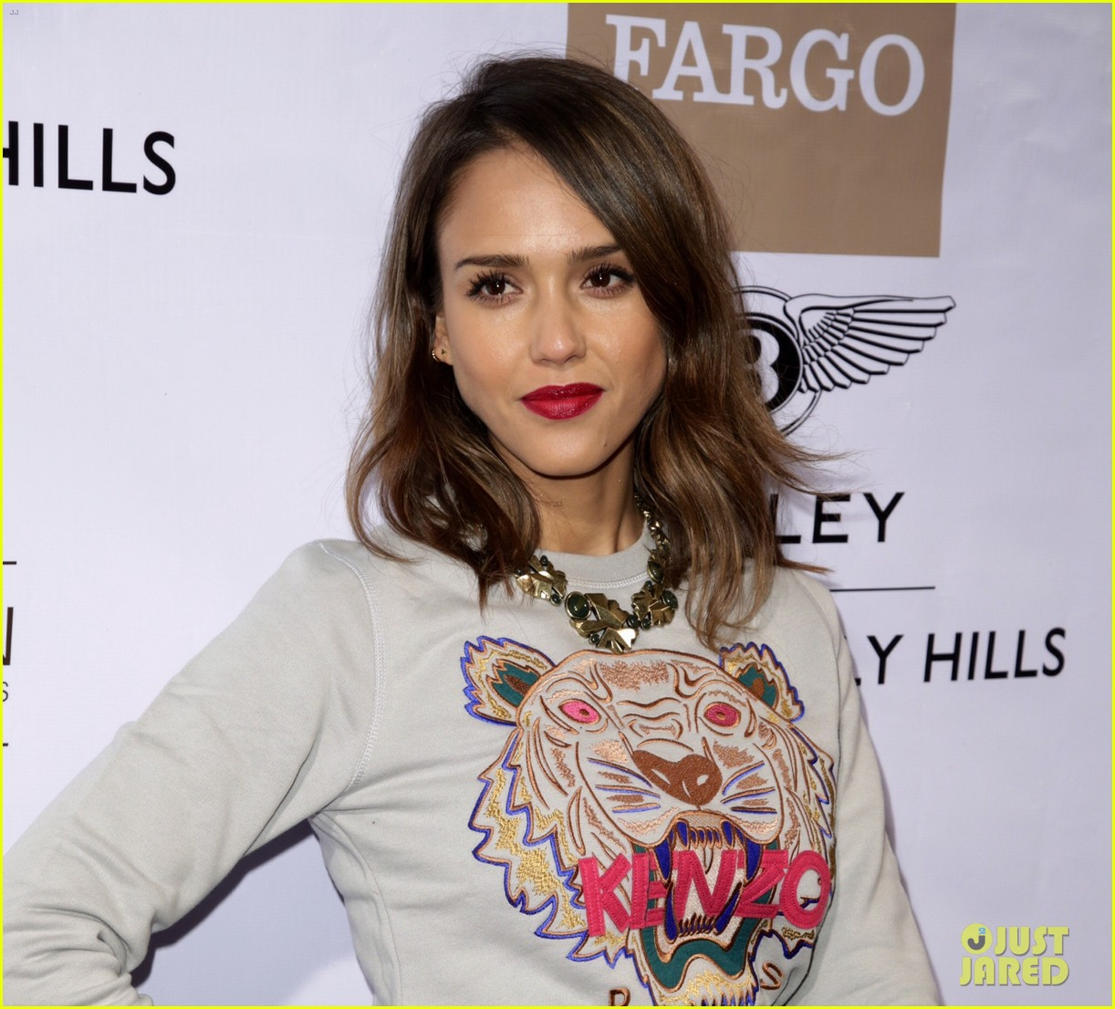 jessica alba i was told i look like rihanna its going to be a good day 07